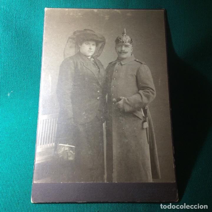 RETRATO DE UN OFICIAL ALEMÁN JUNTO A SU ESPOSA (Militar - Fotografía Militar - I Guerra Mundial)