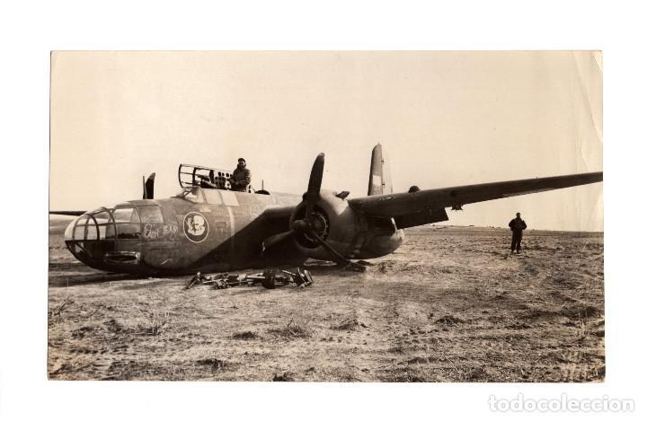 AVIACIÓN.- LA RESISTENCIA DE LOS AVIONES. BOMBARDERO LIGERO A-20, AVERÍA EN TREN DE ATERRIZAJE.18X11 (Militar - Fotografía Militar - II Guerra Mundial)