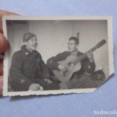 Militaria: * ANTIGUA FOTOGRAFIA DE OFICIALES REPUBLICANOS, POSIBLE BRIGADAS INTERNACIONALES, GUERRA CIVIL. ZX. Lote 210969080