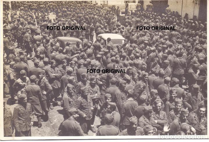 LLEGADA SOLDADOS CTV ITALIANOS PUERTO CADIZ EMBARCO RUMBO ITALIA GUERRA CIVIL 1939 (Militar - Fotografía Militar - Guerra Civil Española)