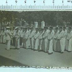 Militaria: FOTOGRAFÍA MILITAR . MARINEROS MILICIA NAVAL SAN FRENANDO CADIZ 1952. Lote 211611229
