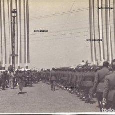 Militaria: PUERTO DE CADIZ ENTRADA TROPAS CTV EMBARCO NAPOLES 1939 GUERRA CIVIL. Lote 212060230
