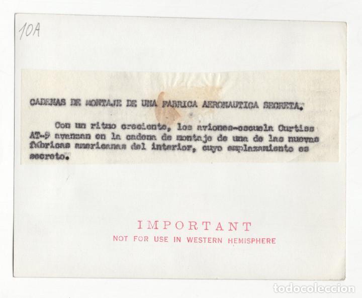 Militaria: AVIACIÓN.- FÁBRICA SECRETA DE AVIONES.AERONÁUTICAS AMERICANAS.AVIONES ESCUELA CURTISS. 14X11. - Foto 2 - 212518630