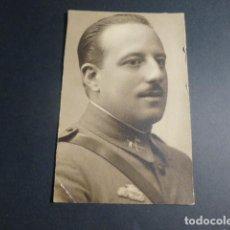 Militaria: RETRATO MILITAR DE CABALLERIA CON CURSO DE CARROS DE COMBATE ANTIGUA FOTOGRAFIA 9 X 14 CMTS. Lote 216964130