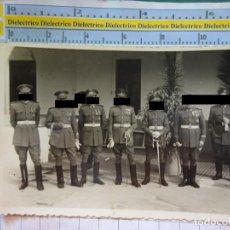 Militaria: POSTAL FOTO FOTOGRAFÍA MILITAR. FOTO SORIA MELILLA AÑO 1948. MILITARES SARGENTOS BRIGADAS.. Lote 217574007