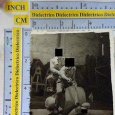 Militaria: FOTO FOTOGRAFÍA MILITAR. SOLDADOS EN MOTO VESPA MILITAR DE TENERIFE. AÑO 1959. 40. Lote 217574435