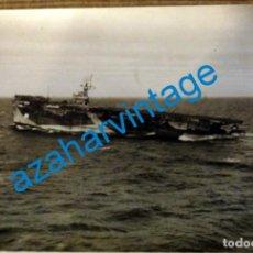 Militaria: WWII, ESPECTACULAR FOTOGRAFIA DEL PORTAAVIONES NABOB, 20X15 CMS. Lote 219477475