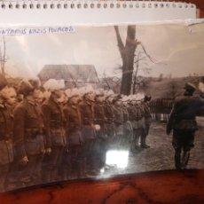 Militaria: FOTOGRAFÍA PRENSA MILITAR ALEMÁN II GUERRA MUNDIAL VOLUNTARIOS POLACOS. Lote 221465362