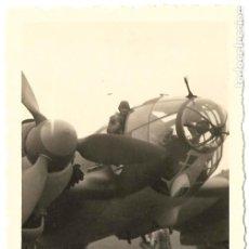 Militaria: 1937-38 FOTOGRAFÍA AVION HEINKEL 111 GUERRA CIVIL . PILOTO LEGION CÓNDOR. Lote 221568755