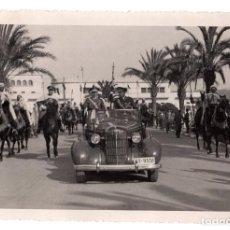 Militaria: TENIENTE GENERAL VARELA.TETUÁN. AVENIDA DE LAS PALMERAS. FOTO G.CORTES. 17X11,5. APROX.. Lote 221578100