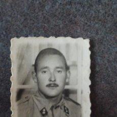 Militaria: FOTO DE CARNET MILITAR DE ARTILLERÍA. Lote 221685436