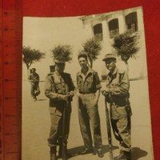 Militaria: FOTOGRAFÍA MILITARES EN MELILLA AÑOS 50. Lote 221722626