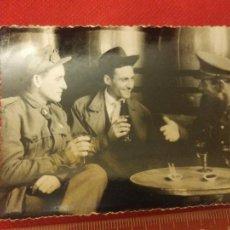 Militaria: FOTOGRAFÍA MILITARES EN MELILLA AÑOS 50. Lote 221722935