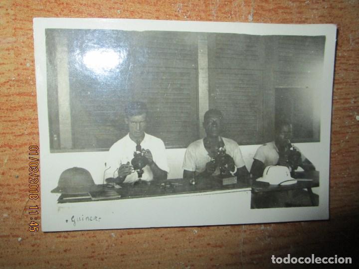 OFICIAL DE LA LEGION REGULARES EN GUINEA CIRCA 1939 GUERRA CIVIL RUEDA PRENSA (Militar - Fotografía Militar - Guerra Civil Española)
