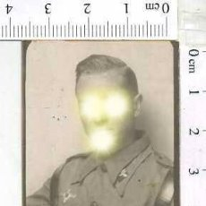 Militaria: MILITAR FOTOGRAFÍA FOTOMATON SOLDADO INFANTERIA APUNTADOR ANTIAEREO. Lote 222940658