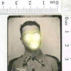 Militaria: MILITAR FOTOGRAFÍA FOTOMATON SOLDADO INFANTERIA APUNTADOR ANTIAEREO. Lote 222940787
