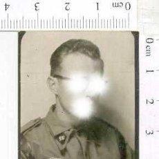 Militaria: MILITAR FOTOGRAFÍA FOTOMATON SOLDADO INFANTERIA APUNTADOR ANTIAEREO. Lote 222940892