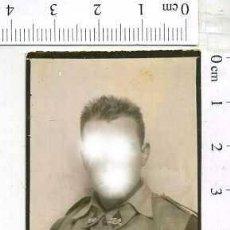 Militaria: MILITAR FOTOGRAFÍA FOTOMATON SOLDADO INFANTERIA APUNTADOR ANTIAEREO. Lote 222940918