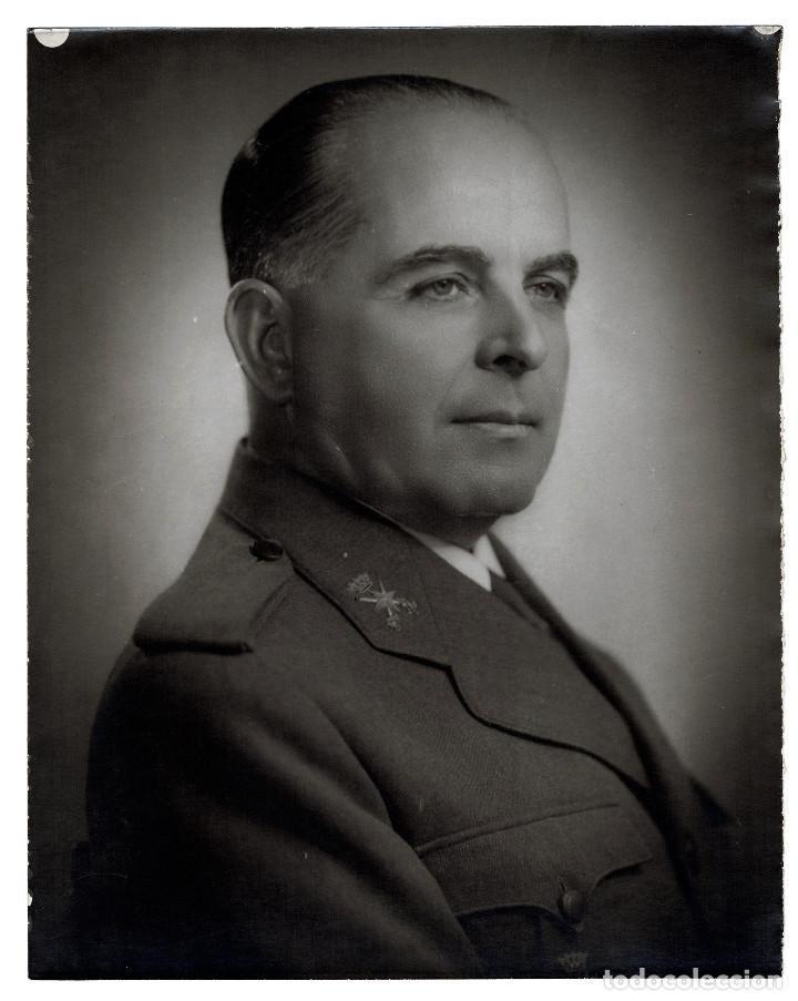 BILAUREADO TENIENTE GENERAL JOSÉ ENRIQUE VARELA IGLESIAS, 30X24. (Militar - Fotografía Militar - Otros)