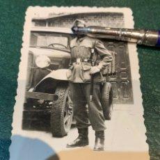 Militaria: FOTOGRAFÍA SOLDADO AUTOMOVILISMO. Lote 225194373