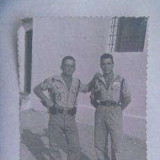 Militaria: LA LEGION : FOTO DE LEGIONARIOS CON SANDALIAS. SAHARA. Lote 228183225
