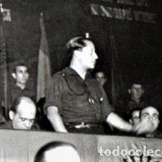 Militaria: FALANGE ESPAÑOLA,FOTOGRAFIA ORIGINAL JOSE ANTONIO PRIMO DE RIVERA.AÑO1935,GUERRA CIVIL.EN UNIFORME.. Lote 228918676