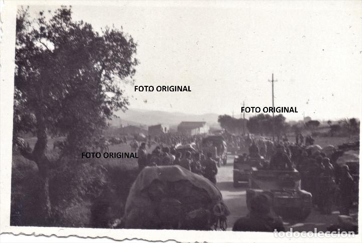 OFENSIVA CATALUÑA CARROS ITALIANOS CTV FEBRERO 1939 GUERRA CIVIL (Militar - Fotografía Militar - Guerra Civil Española)