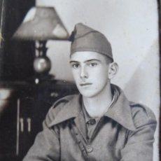 Militaria: FOTOGRAFÍA SOLDADO DEL EJÉRCITO NACIONAL. CEUTA 1938. Lote 232477388