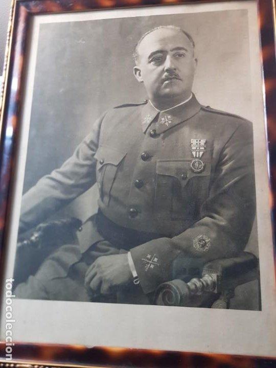 Militaria: Fotografia de Francisco Franco con marco y cristal grande - Foto 3 - 232987320