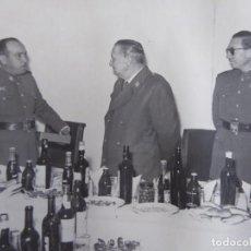 Militaria: FOTOGRAFÍA OFICIALES DEL EJÉRCITO ESPAÑOL. DIVISIÓN ACORAZADA BRUNETE. Lote 233127340
