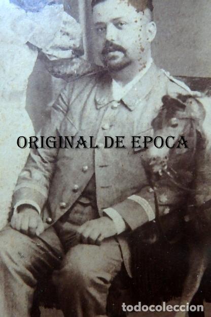 Militaria: (JX-210113)Fotografía familiar de Oficial,Campaña de Cuba,realizada en Otero y Colominas La Habana - Foto 3 - 234893290