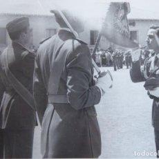 Militaria: FOTOGRAFÍA SOLDADO MILICIA AÉREA UNIVERSITARIA. BURGOS. Lote 236979710