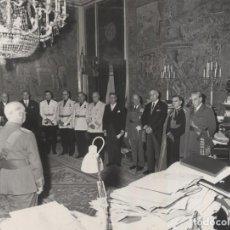 Militaria: AUDIENCIA EN EL PALACIO DEL PARDO. (06/01/1968). Lote 237657535