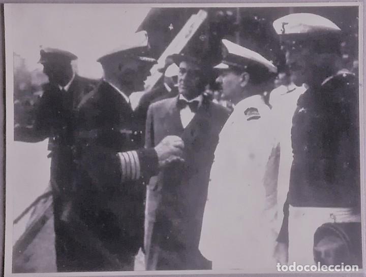 EL CAPITAN DEL ACORAZADO GRAF SPEE LLEGA A BUENOS AIRES JUNTO A LA TRIPULACION (Militar - Fotografía Militar - II Guerra Mundial)
