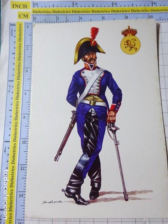 POSTAL MILITAR. UNIFORMES MILITARES ESPAÑA SOLDADO DE CABALLERÍA DE LÍNEA REGIMIENTO DEL REY 1804 20 (Militar - Fotografía Militar - Otros)