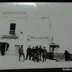 Militaria: FOTOGRAFIA DE GRUPO DE ENFERMERAS DE LA CRUZ ROJA EN MARRUECOS, GUERRA DEL RIF, 1927, MIDE 9 X 6,5 C. Lote 244789115