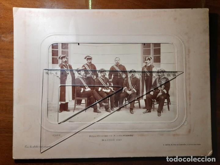 FOTOGRAFÍA FORMATO GIGANTE REAL CUERPO DE ALABARDEROS MADRID 1897 FOTÓGRAFO J DAVID DE PARÍS, (Militar - Fotografía Militar - Otros)