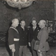 Militaria: AUDIENCIA FRANCO - GENERAL JORGE NOCHETI CAMPOS PRESIDENTE COMITE OLIMPICO DE ARGENTINA 21-12-1967. Lote 245760860