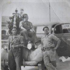 Militaria: FOTOGRAFÍA CONDUCTORES DEL EJÉRCITO NACIONAL. CUERPO DE EJÉRCITO MARROQUÍ SEVILLA. Lote 245928495