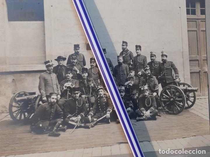EXCELENTE FOTOGRAFÍA MILITAR DE GRUPO ARTILLERÍA OFICIALES Y PÁRROCO CASTRENSE CON DOS CAÑONES (Militar - Fotografía Militar - Otros)
