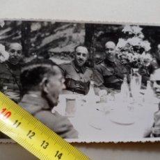Militaria: FOTO POSTAL FRANCISCO FRANCO - CORONEL JOAQUIN GARCIA PALLASAR. CANARIAS JUNIO 1936. Lote 250144770