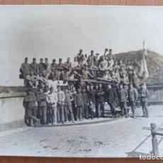 Militaria: FOTO GRUPO DE MILITARES ARMA DE ARTILLERIA BATERIA DE COSTA AÑOS 20 CEUTA O MELILLA. Lote 251331485