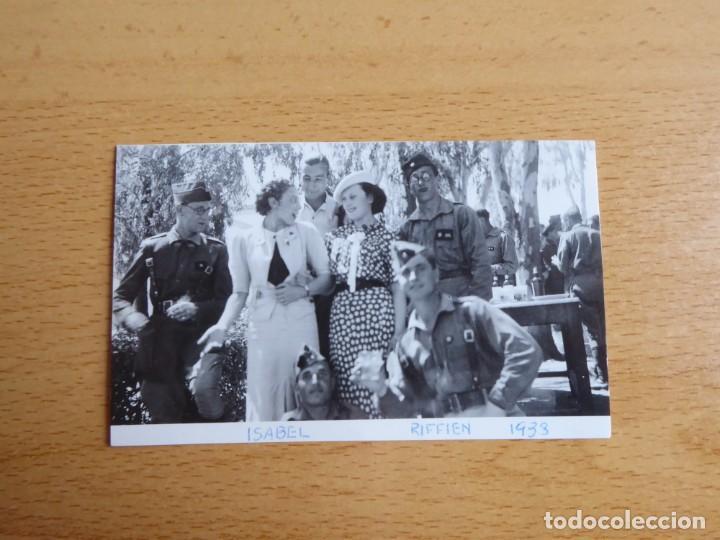 Militaria: Fotografía alféreces provisional del ejército nacional. Academia Dar Riffien Ceuta - Foto 2 - 251595170