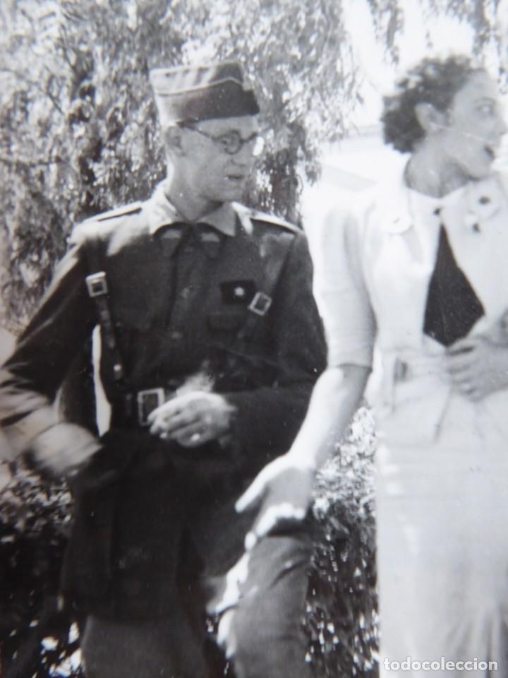 Militaria: Fotografía alféreces provisional del ejército nacional. Academia Dar Riffien Ceuta - Foto 3 - 251595170