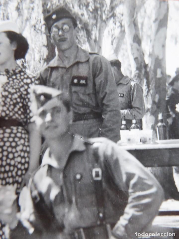 Militaria: Fotografía alféreces provisional del ejército nacional. Academia Dar Riffien Ceuta - Foto 4 - 251595170