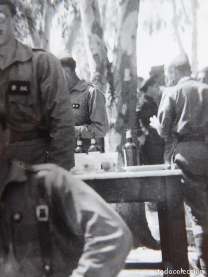 Militaria: Fotografía alféreces provisional del ejército nacional. Academia Dar Riffien Ceuta - Foto 5 - 251595170