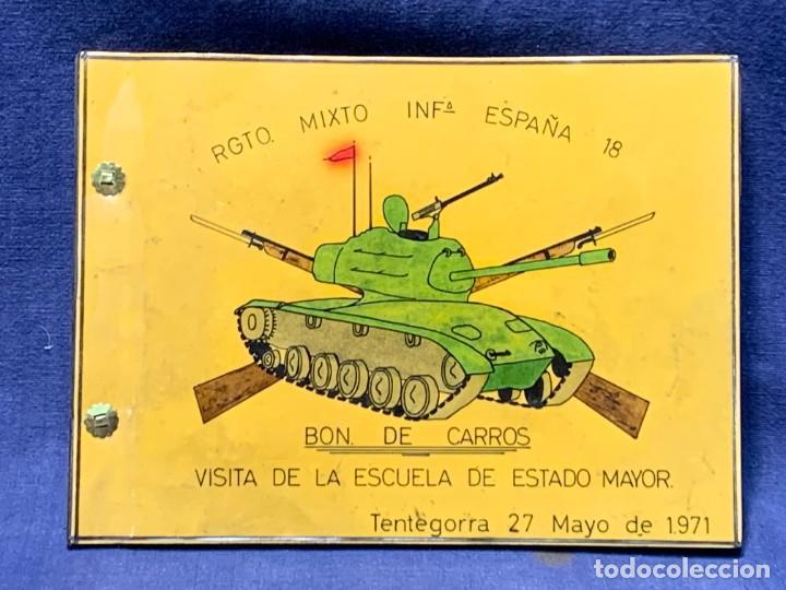 ALBUM 8 FOTOS MILITAR CARROS COMBATE REGTO MIXTO INFANTERIA ESPAÑA 18 BATALLON CARROS 1971 16X22CMS (Militar - Fotografía Militar - Otros)