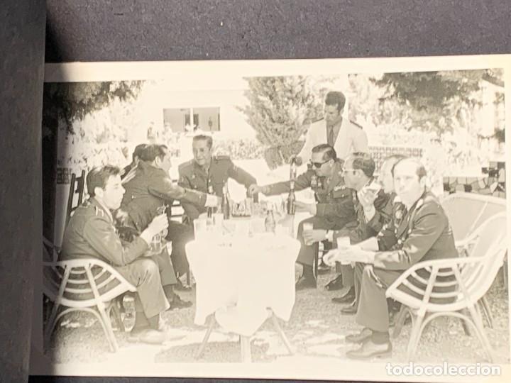 Militaria: ALBUM 8 FOTOS MILITAR CARROS COMBATE REGTO MIXTO INFANTERIA ESPAÑA 18 BATALLON CARROS 1971 16X22CMS - Foto 4 - 253115900
