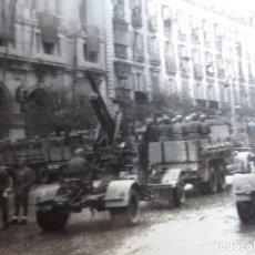 Militaria: FOTOGRAFÍA CAMIONES DESFILE DE LA VICTORIA. MADRID 1939. Lote 253674135