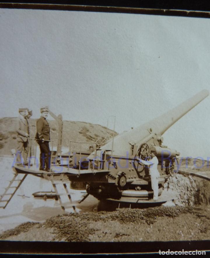 Militaria: FOTOGRAFÍA ANTIGUA. LAS PALMAS DE G.C. CAÑÓN Y ARTILLEROS. ÉPOCA ALFONSO XIII (9 X 6 CM) - Foto 2 - 257593495
